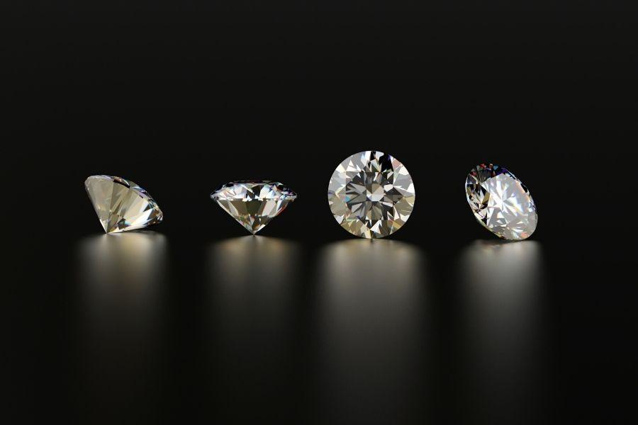 4 diamants cote a cote